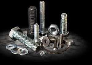 Разнообразие строительных крепежных изделий в компании «КрепМетиз»